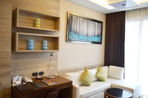 Living area at the suite in Adelphi 49, Soi 49, Sukhumvit Bangkok