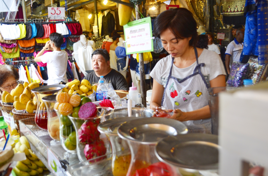 Bangkok Street Stall selling smoothies