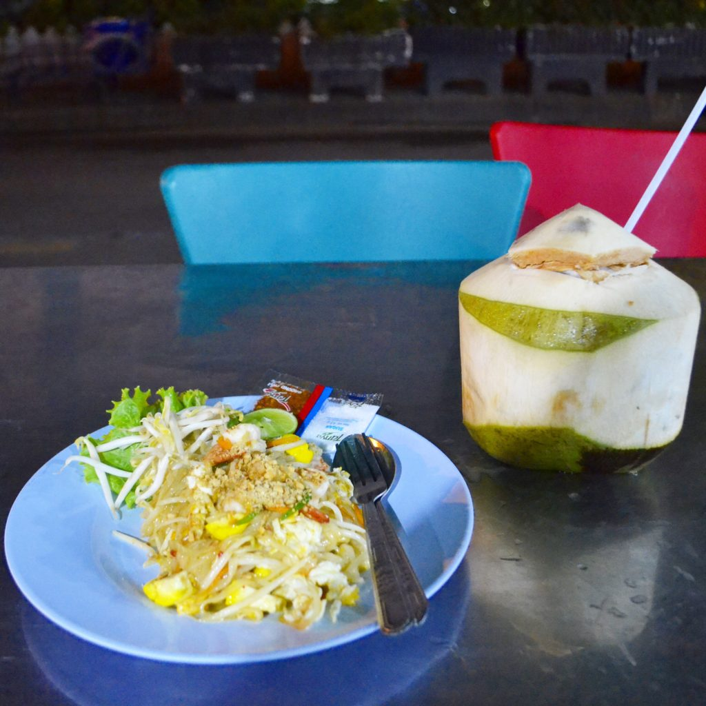 Pad Thai with Prawn at Sukhumvit Soi 11