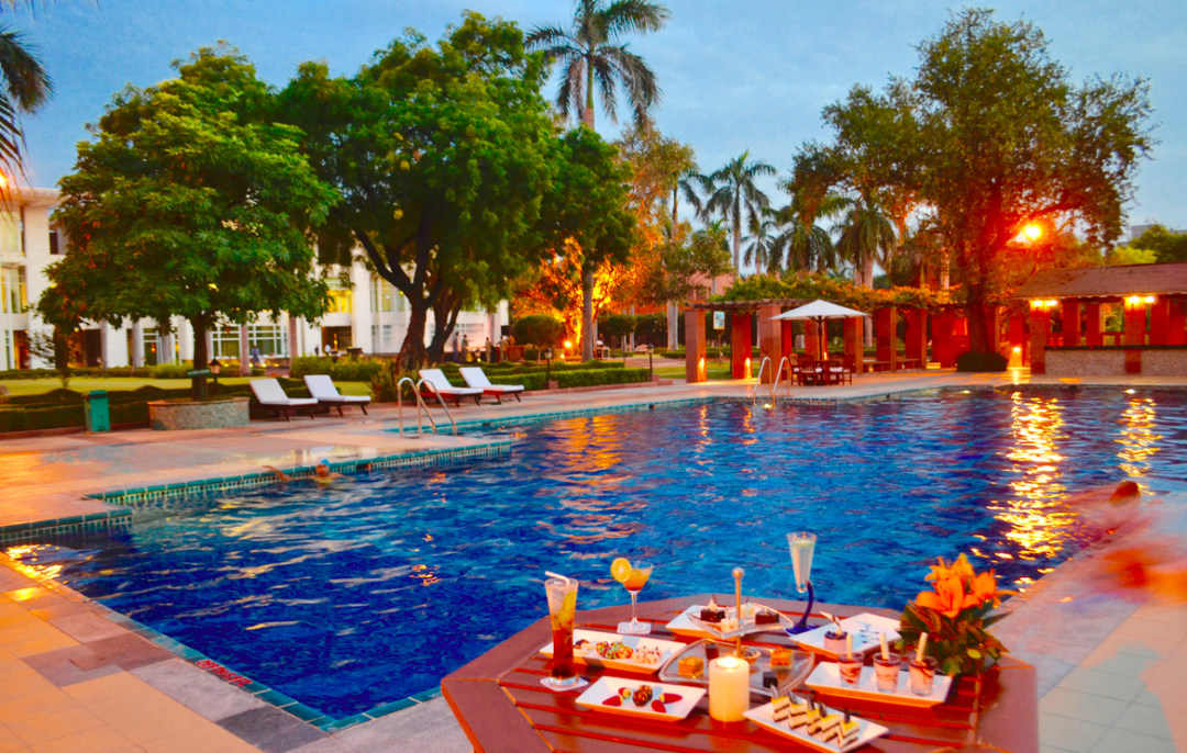 Jaypee Palace and Convention Centre Agra Pool